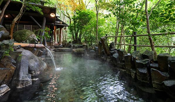 温泉の中でも露天風呂に人気がある理由とは?